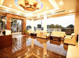 Hotel S K Grand, hotel near Jaipur International Airport - JAI, Jaipur