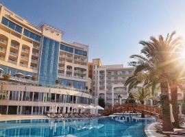 Splendid Conference & Spa Resort, hotel per famiglie a Budua