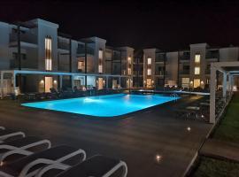 Halos Casa Resort, resort in Santa Maria