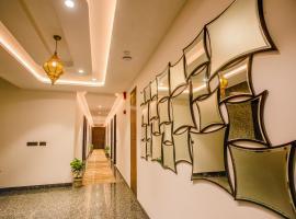 Hotel Ten Square, India, отель в Агре