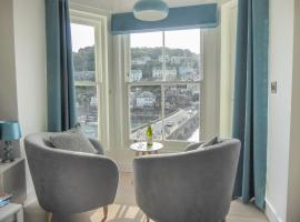 Harbour View Apartment, hotel in Looe