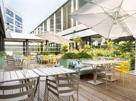 ノボテル パリ シャルル ド ゴール エアポート、ロワシー・アン・フランスのホテル