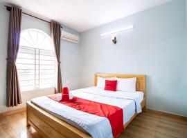 RedDoorz near Saigon Hi-Tech Park, hotel near Vietnam Golf and Country Club, Ho Chi Minh City