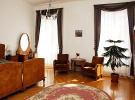 Inn Side Hotel Kalvin House, hotel near Dohany Street Synagogue, Budapest