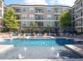 Sonder – Reverchon Park, serviced apartment in Dallas
