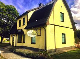 Villa Kertelhof Guesthouse, hotell sihtkohas Kärdla