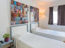 Hostel Malaga Inn, hotell i Torremolinos