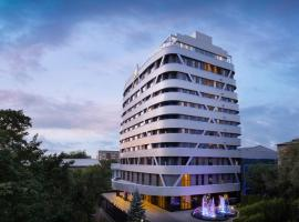 DoubleTree by Hilton Almaty, hotel near Boluan Sholak International Exhibition and Sports Centre, Almaty