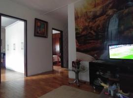 Casa inteira simples, hospedagem domiciliar em Belo Horizonte