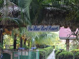 The Blue Bird Resort, room in Havelock Island