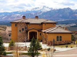 Chateau du Pikes Peak, a Tuscany Retreat, B&B in Colorado Springs