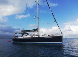 Myblue4you sailing tours, boat in Waisalatupo