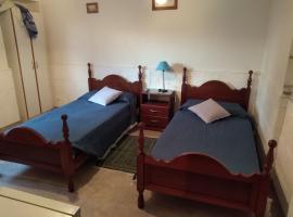 Alquilo Habitación Privada, habitación en casa particular en Salta
