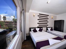 Hotel Livin Kathmandu, hotel in Kathmandu