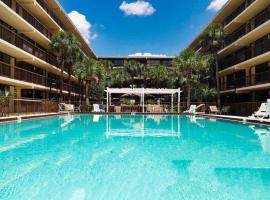 Banyan Hotel & MicroSuites, hotel in Kissimmee