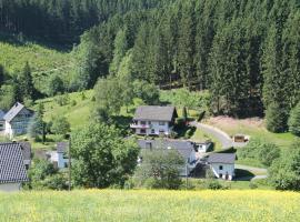 Holiday Home Rehsiepen, hotel in Schmallenberg