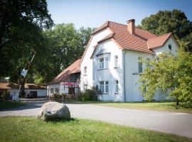 "Komfort-Ferienwohnungen""Am Furlbach"", hotel near Safari Park, Schloß Holte-Stukenbrock"