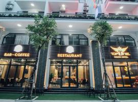 하롱에 위치한 호텔 Topone Halong Hotel