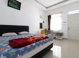 Arka Family Villa Syariah, hotel near Maribaya Park, Lembang