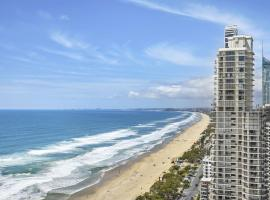 Focus Resort Oceanfront Apartments in Surfers with Ocean and Hinterland Views 25 steps to Beach!, hotel in Gold Coast