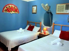 Hostal Sayli TRINIDAD, bed & breakfast a Trinidad