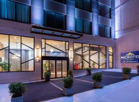 Microtel Inn by Wyndham Long Island City, hotel in Queens