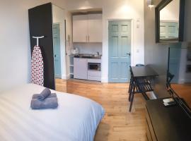 Stylish Studio Room in Brixton - E, hotel in London