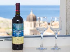 Sea View Studio Positive Place - II, three-star hotel in Dubrovnik