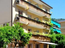Residence Glicini MTB, apartment in Finale Ligure