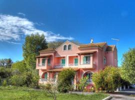 Villa Marina, pet-friendly hotel in Ýpsos