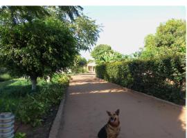 Ancha's Oasis, hotel near Adil Water Park, Maputo