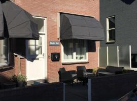 Studio HeLi, hotel near Circus Zandvoort, Zandvoort