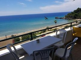Glyfada Corfu 84, pet-friendly hotel in Glyfada