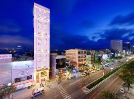 Mercury Boutique Hotel, hotel in Da Nang