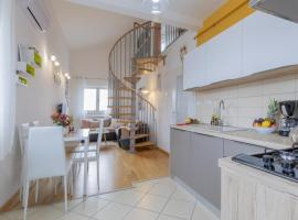 Center Penthouse Apartment, luxury hotel in Pula