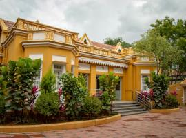Roambay, hotel near Civil Court Mysuru, Mysore
