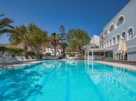 Makarios Hotel, hotel in zona Aeroporto Internazionale di Santorini - JTR, Kamari