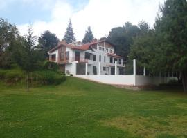 Cabañas Sierra Verde, hotel in Zacatlán
