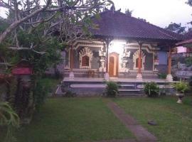 cenik homestay, apartment in Seraya
