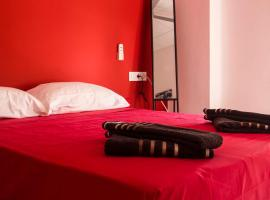 Colors Rooms, hotel near Quart Towers, Valencia