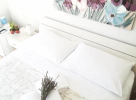Rooms Villa Gala, B&B in Mlini