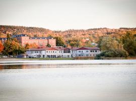 Hasse på Sjökanten Hotell & Restaurang, hotel in Jönköping