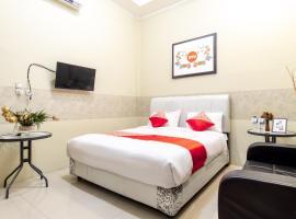Oyo 1349 Green Elite Syariah, hotel poblíž Letiště Polonia - MES, Medan