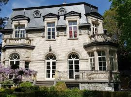 Les Grands Arbres, self-catering accommodation in Brussels