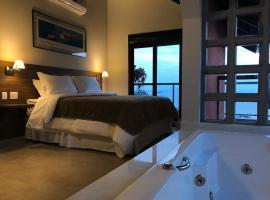 Suítes com Vista Panorâmica de Florianópolis, hotel in Florianópolis