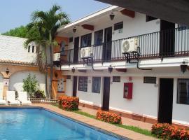 Hotel & Suites Coral, hotel in Hotel Zone, Puerto Vallarta