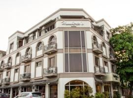 OYO 414 Humberto's Hotel, hotel in Davao City