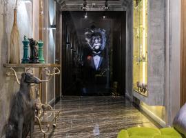 Mr Grey Boutique Hotel, отель в Одессе