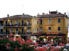 Hotel Alpino, hotel in Malcesine