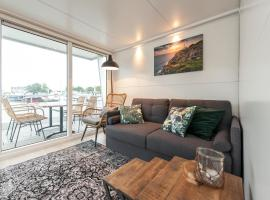 Tiny floating house, Mallorca, self catering accommodation in Maastricht